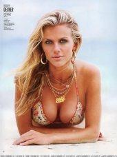13thsky.ru-Brooklyn-Decker-Sports-Illustrated-Swimsuit-2011-dryu-07