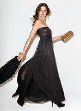 Diane-Von-Furstenberg-Fall-Winter-2010-11-by-Terry-Richardson-00